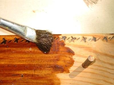 Обработка фанерных плит влагостойкими составами