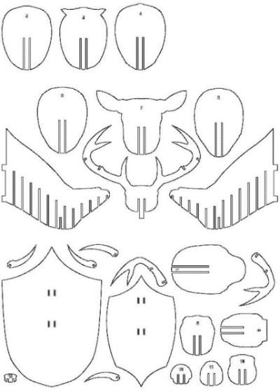 Фанерная декорация в виде головы животного
