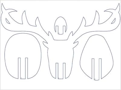 Голова оленя из фанерных плит