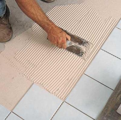Клеевая основа для приклеивания фанеры к бетонному полу