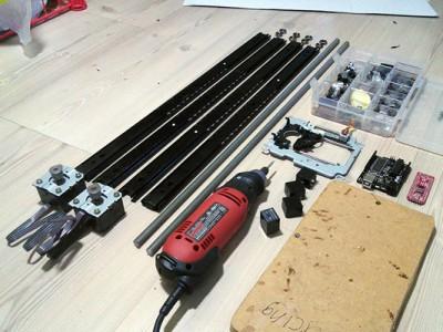 Направляющие, шпильки, драйвер двигателей