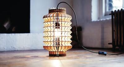Светильник-фонарик настольный