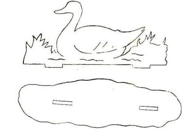 Шаблон лебедя для декорирования сада