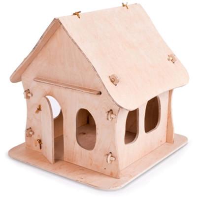 Детская игрушка в форме домика
