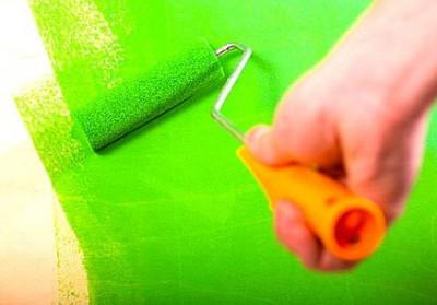 Нанесение краски валиком