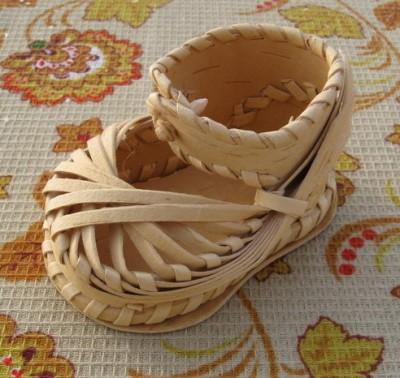 Плетеный сувенирный лапоть