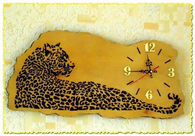 Часы с леопардом